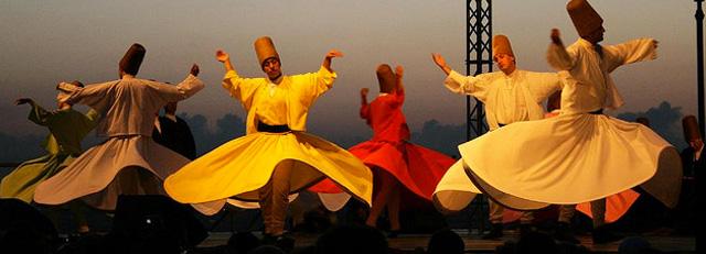 I dervisci rotanti e il sufismo anatolico